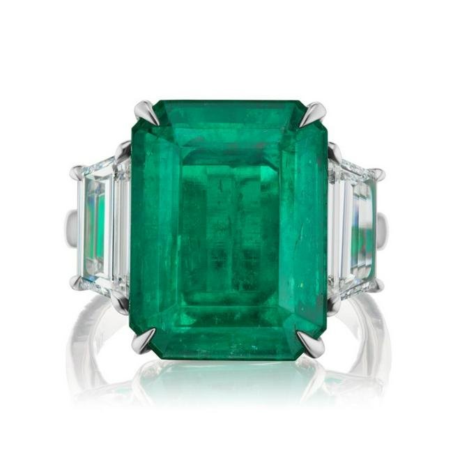 Platinum Ring with 12.37ct Emerald Ring